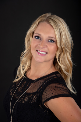 Janessa Engelhart is a Destination Wedding and Group Specialist at Mode Travel Agency.