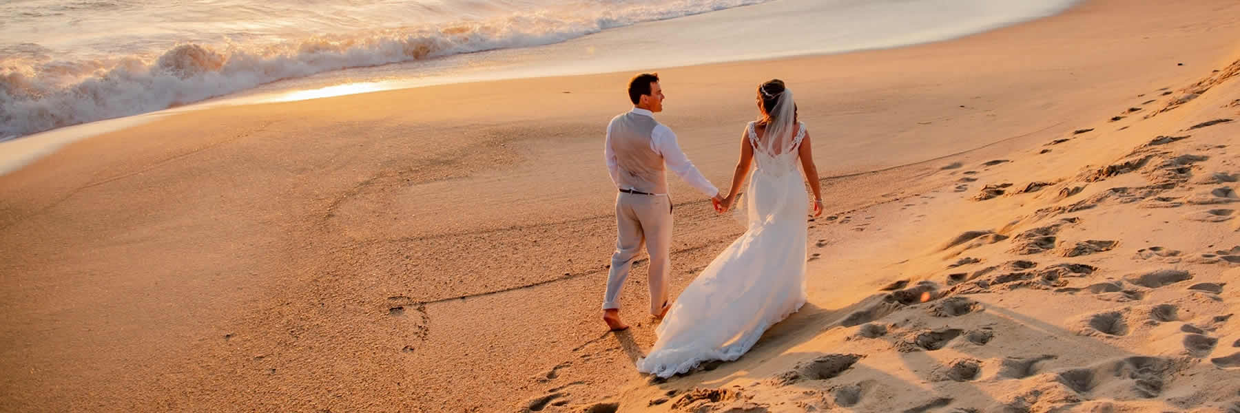 Call Mode Travel Agency to help organize and book your destination wedding.